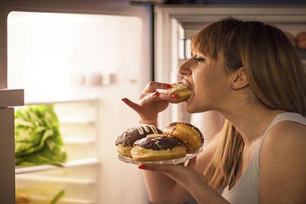 Bệnh tiểu đường type 1 không nên ăn tối muộn